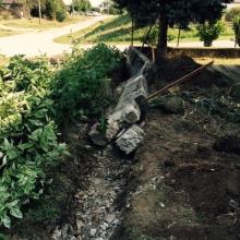 Búranie betónového plotu Horné Obdokovce